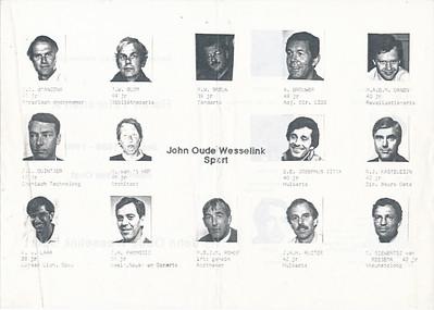 19891101 Onderschrift: zie foto  Opmerking: folder gemaakt ws. door Jaap Pasmooij in navolging soortgelijke folders van Heren I en Dames I.   Telescoop 51 (1989-1990) 11, 1 november 1989, middenblad
