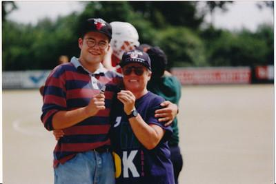 1991 Achterop: 1991  Opmerking: Jeroen Kok met Margot de Ruiter   Collectie Jeroen Kok Fotograaf: Jeroen Kok  Formaat: 15 x 10  Afdruk kleur