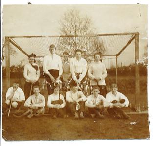 1913 Deze 300 dpi kleur. Zie verder de foto om 600 dpi kleur.