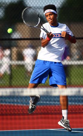 9-3-13<br /> Kokomo vs. Northwestern boys tennis<br /> Kokomo 2 singles Bryce York<br /> KT photo | Kelly Lafferty