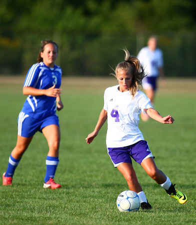 9-5-13<br /> Northwestern vs. Frankfort girls soccer<br /> <br /> KT photo   Kelly Lafferty