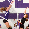 9-12-13<br /> Northwestern vs Maconaquah volleyball<br /> Northwestern's Hannah Ballard (left) and Maconaquah's Jalyn Windsor (right)<br /> KT photo | Kelly Lafferty