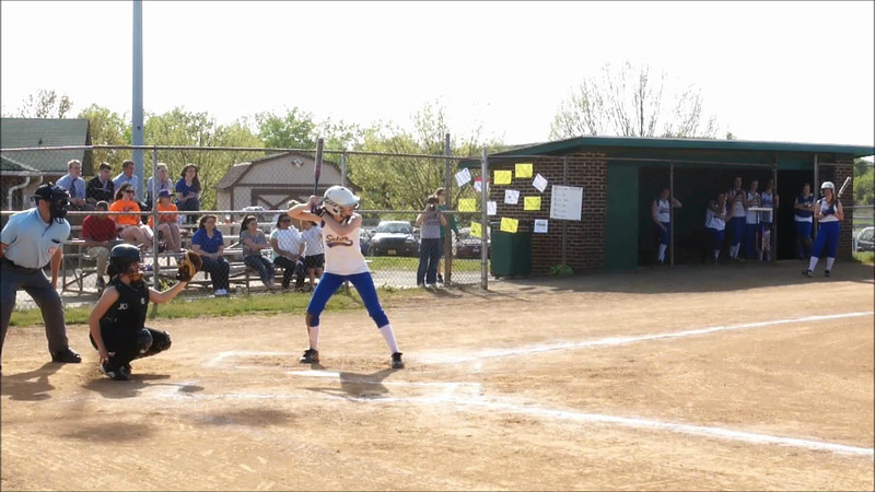 006 - Caroline hits 2 foul balls before base hit (next clip)