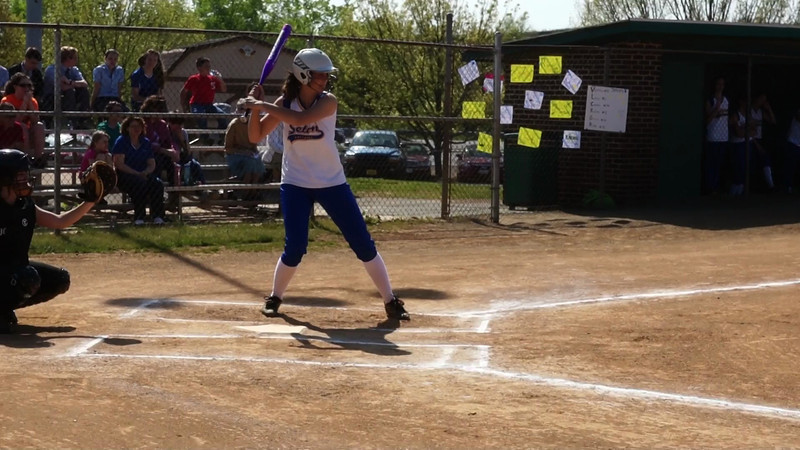 005 - Lexy hits foul ball