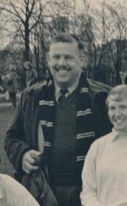 Jan Broekhuis met das  uitsnede 600 dpi