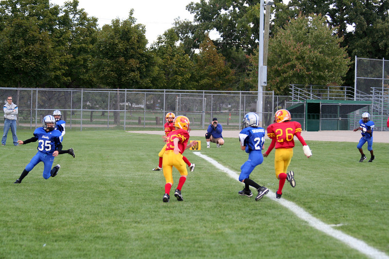Game #4 - September 15, 2007: The 2007 Shelby Lions Football Club JV Team vs. the Royal Oak Chiefs at Royal Oak Memorial Park (Shelby 32, Royal Oak 0).