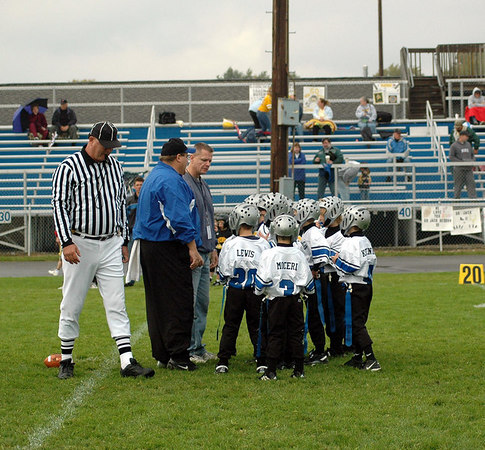 Game #6 - September 30, 2006: The 2006 Shelby Lions Football Club Flag Team vs. the Clawson Mavericks at Clawson Park (Shelby 14, Clawson 0).