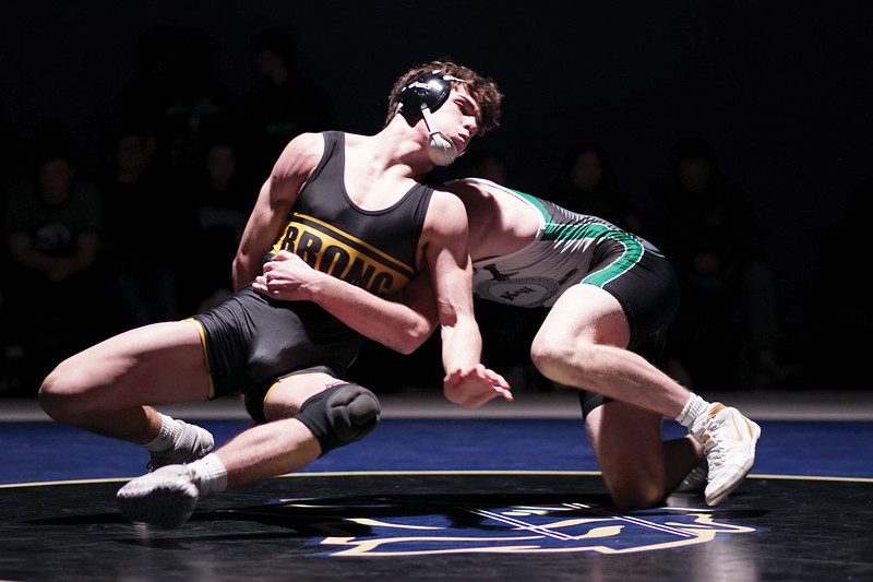 Matthew Gaston | The Sheridan Press<br>Sheridan's Colson Coon spins to his left for the reversal during the dual against Kelly Walsh Thursday, Feb. 6, 2020.