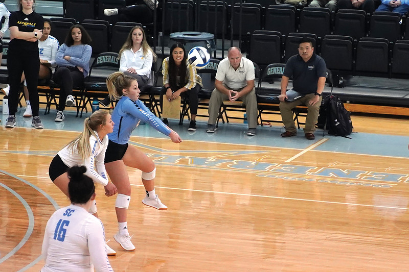 Matthew Gaston | The Sheridan Press<br>Sheridan College libero Alli Puuri (2) sets up the play at the Bruce Hoffman Golden Dome Wednesday, Oct. 2, 2019.