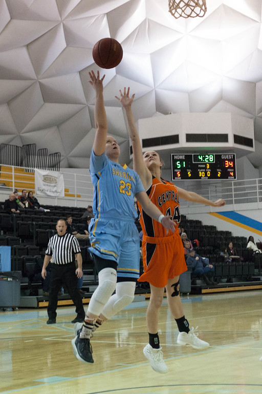 Tibby McDowell | The Sheridan Press<br /> <br /> Freshman Noora Parttimaa from Finland put up two for the Lady Generals at Sheridan College on Wednesday, January 10, 2018.