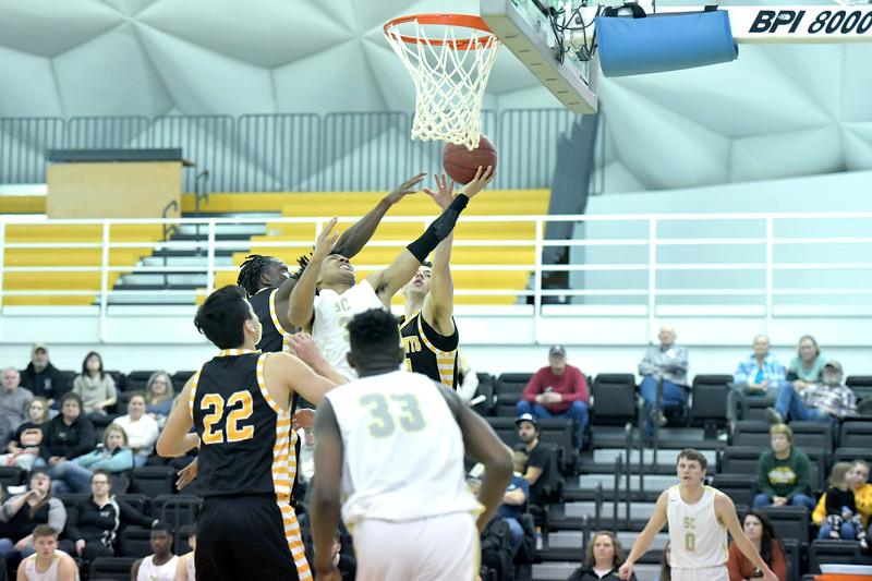 Matthew Gaston | The Sheridan Press<br>Sheridan College's JoVon McClanahan (3) shoots the layup in traffic Wednesday, Jan. 8, 2020. The Generals beat Eastern Wyoming College 74-68.