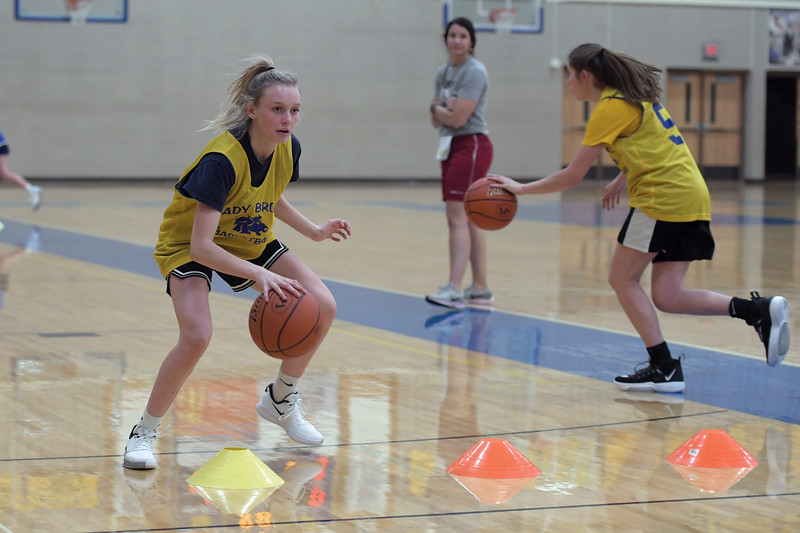Joel Moline | The Sheridan Press<br /> Bree Aksmit dribbles the ball over cones during practice Monday, Nov. 25, 2019.