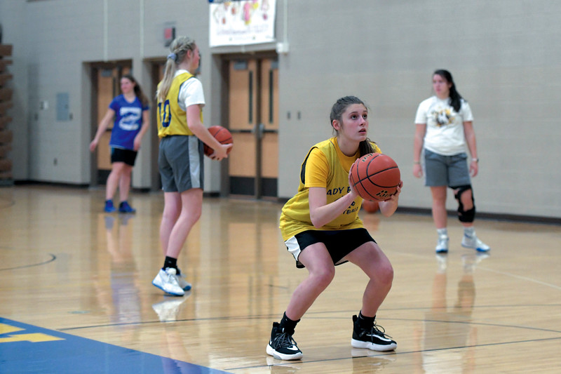 Joel Moline | The Sheridan Press<br /> Ellie Williams lines up for a free throw during practice Monday, Nov. 25, 2019.