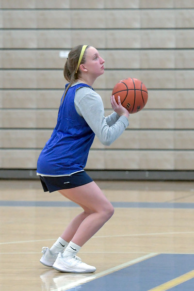 Joel Moline | The Sheridan Press<br /> Annie Mitzel lines up for a free throw during practice Monday, Nov. 25, 2019.