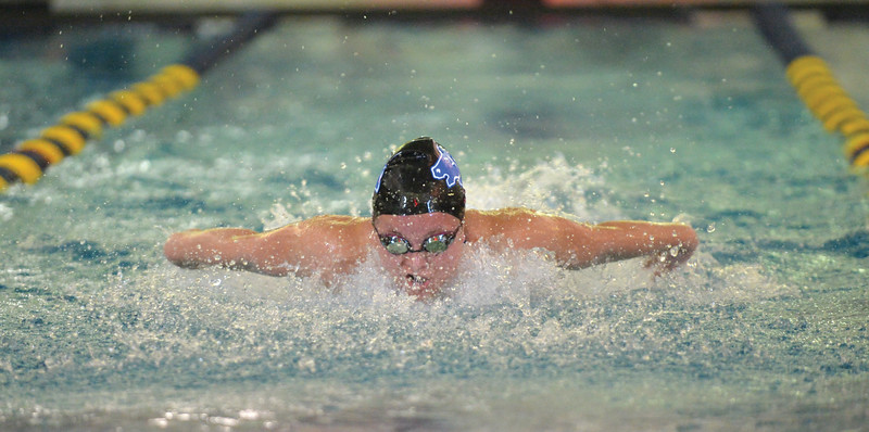 Bud Denega | The Sheridan Press<br /> Taylor Baldacci swims the third leg of the 200-meter medley relay during the Sheridan Pre-Invite at Sheridan Junior High Friday, Sept. 21, 2018.