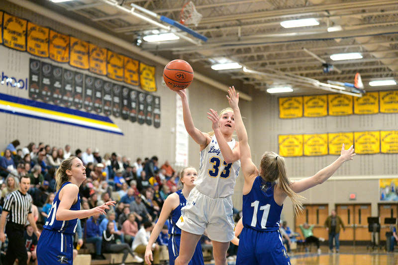 Joel Moline | The Sheridan Press<br /> Sheridan's Katie Ligocki (33) uses a hook shot to score against Thunder Basin High School Friday, Jan. 24, 2020.