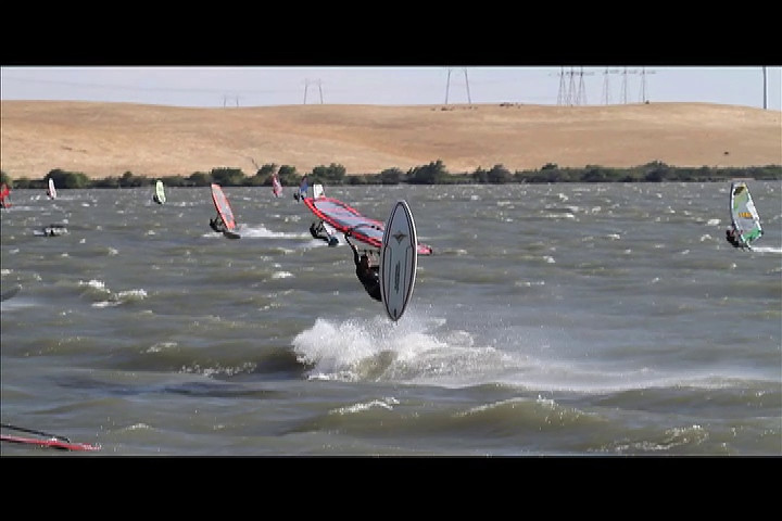 Sherman 7-25-10 Just playing around with the video function on the camera. This was the day after the windsurfing nationals. The conditions for the freestyle exhibition at the windsurfing nationals were poor. So a lot of the competitors came to Sherman to play in much better conditions.