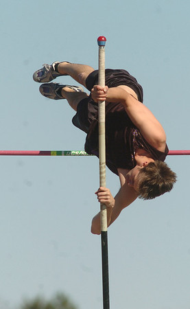 be0402trak07<br /> Boulder's MacKenzie Felkley attempts 11feet 6 inches in the pole vault during the Broomfield Shoot Out Track Meet at Elizabeth Kennedy Stadium on Friday..<br /> April 1, 2011<br /> staff photo/David R. Jennings