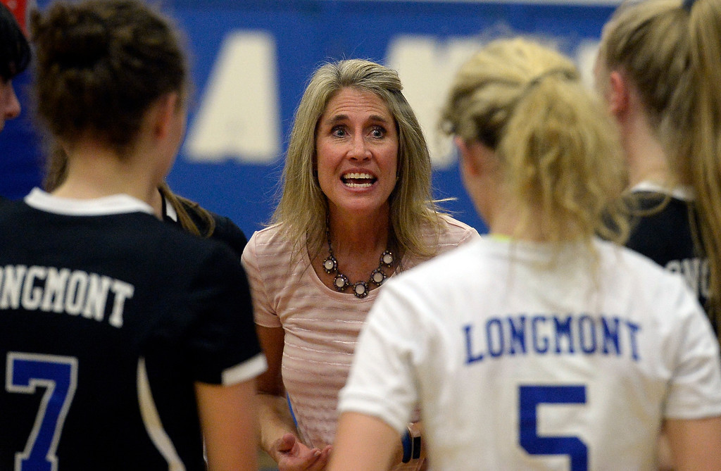 . LONGMONT, CO: September 18: Longmont head coach, Holli Stetson, talks to the team. Silver Creek played Longmont at LHS on September 18, 2018.  (photo by Cliff Grassmick/Staff Photographer).