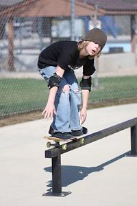 Hunter grinding the rail