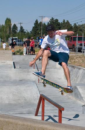 Skateboarding Pros