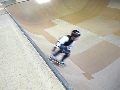 skateboardparkDec08 194