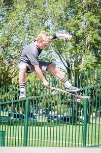 Skateboarding-5210
