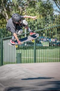 Skateboarding-5207-NIK