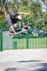 Skateboarding-5207