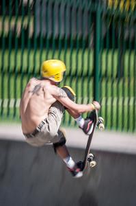 Skateboarding-5173