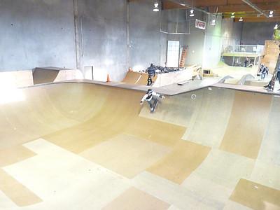 skateboardparkDec08 184
