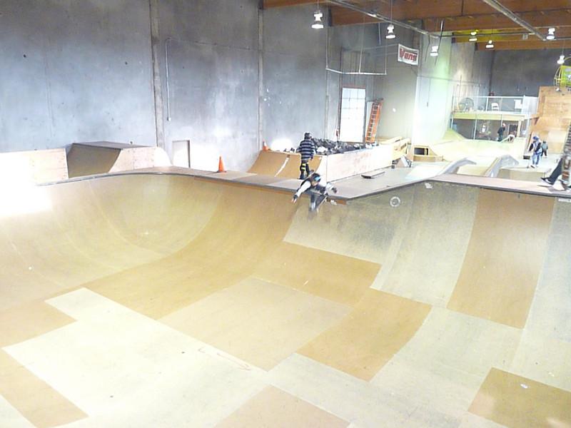 skateboardparkDec08 183
