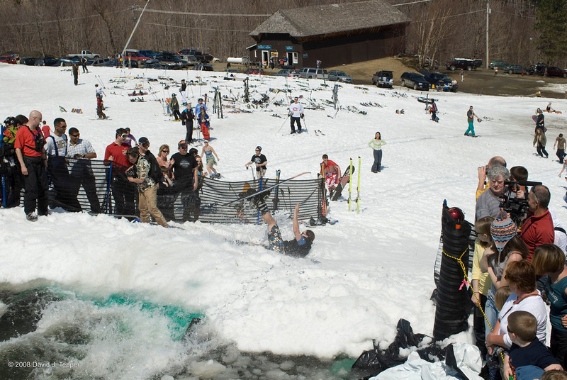 20080419_dtepper_pond_skimming_01_DSC_0254