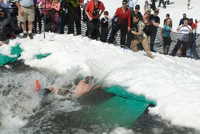 20080419_dtepper_pond_skimming_01_DSC_0284