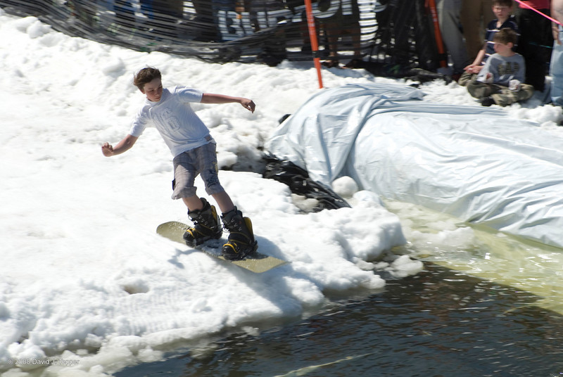 20080419_dtepper_pond_skimming_01_DSC_0290