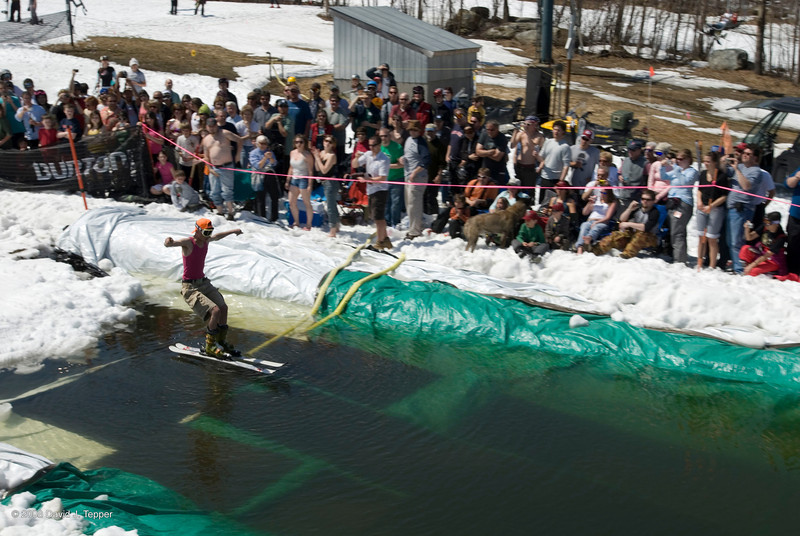 20080419_dtepper_pond_skimming_01_DSC_0074