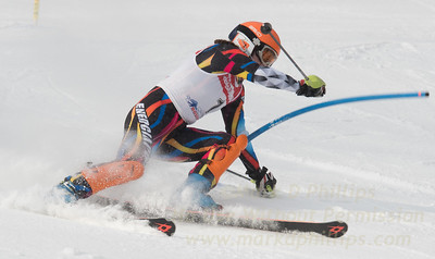 Kaitlyn Howley at Bousquet U19 TriState Slalom Qualifier on January 8, 2017