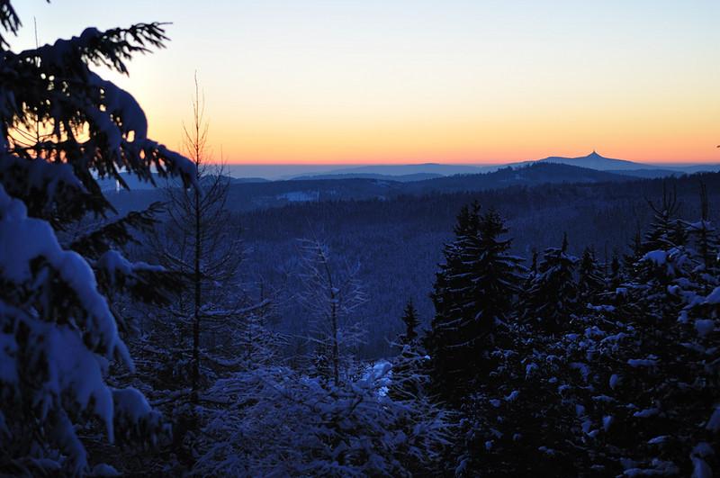 pohled na Ještěd při západu slunce