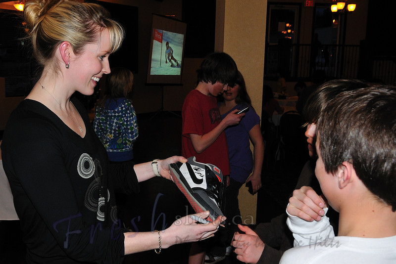 Kelly Vanderbeek, Teck-sponsored Olympian and CAST member, signs autographs at the Teck K1 Provincials Championships banquet