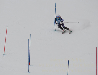 Micaela Bartlett races at Berkshire East in the U19 Slalom Schaefer Cup