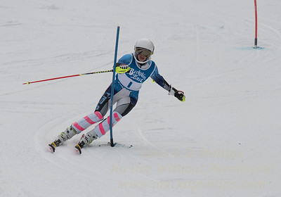 Grace O'Connor races at Berkshire East in the U19 Slalom Schaefer Cup