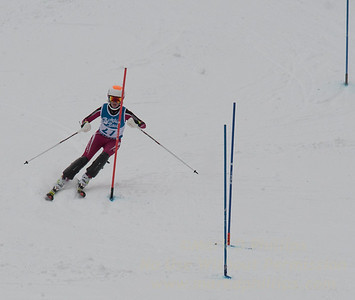 Kathryn Phair races at Berkshire East in the U19 Slalom Schaefer Cup