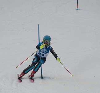 Addison Wakelin races at Berkshire East in the U19 Slalom Schaefer Cup