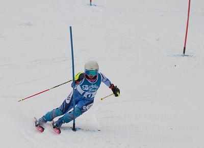 Jillian Scherpa races at Berkshire East in the U19 Slalom Schaefer Cup