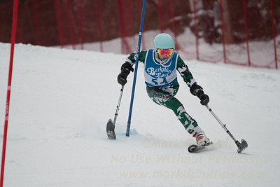 Insha Afsar races at Berkshire East in the U19 Slalom Schaefer Cup