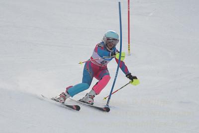 Elise Namnoum at the U21 slalom race at Ski Sundown on January 21, 2018.