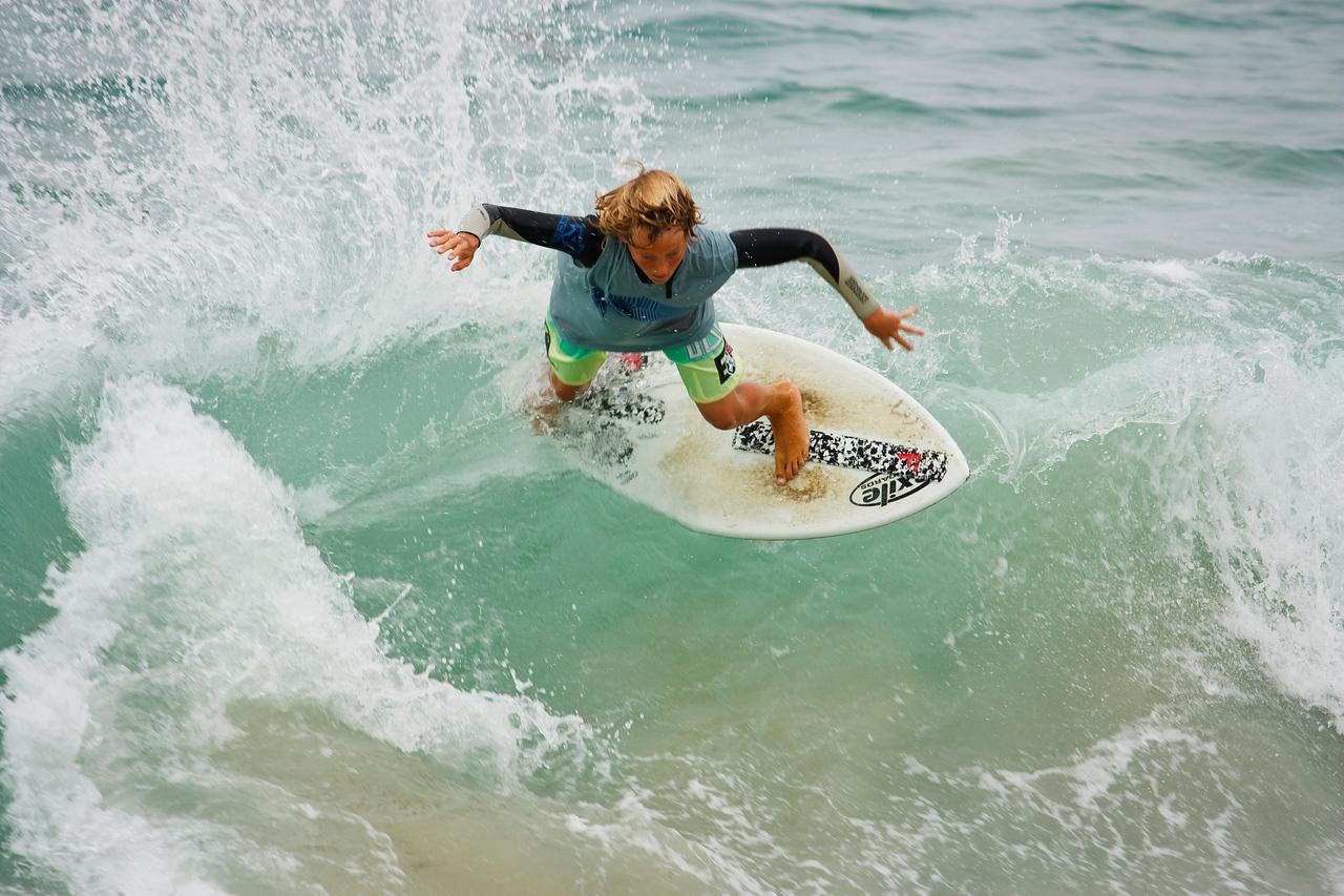 Nice wave spray.