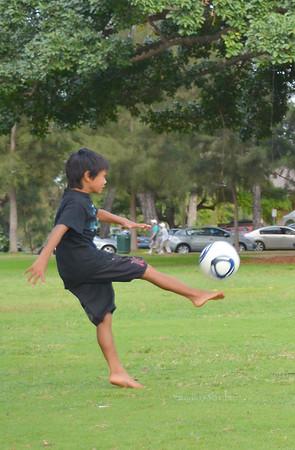 Kaemana kick ball 031112 964