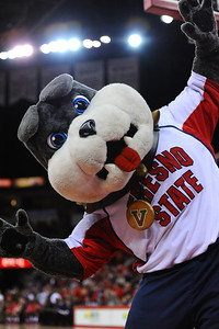 Jan 9th 2013: the Fresno State Bulldogs versus the San Diego Aztecs at the Save Mart Center.