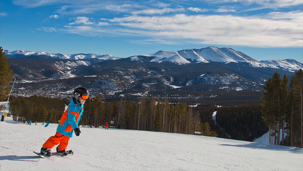 Gunnar 4 year old snowboarder Breckenridge/Copper 2015